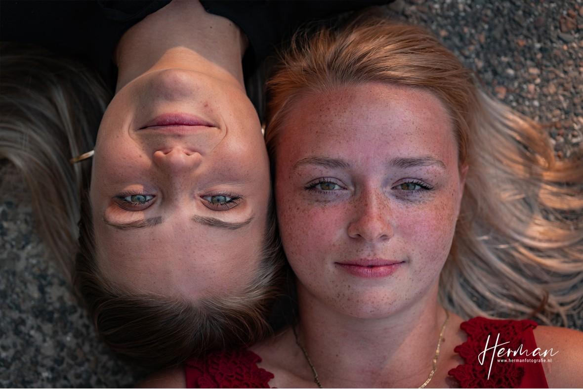 Portret fotograaf Den Haag - Fotoshoot Strand - Herman Fotografie