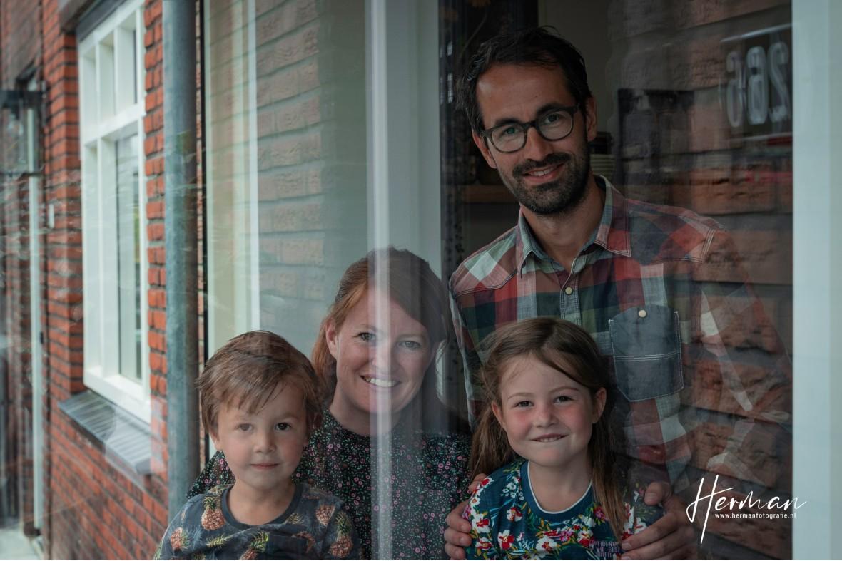 In Dordrecht gratis op de foto - 11 May - Glashelder Herman - 1