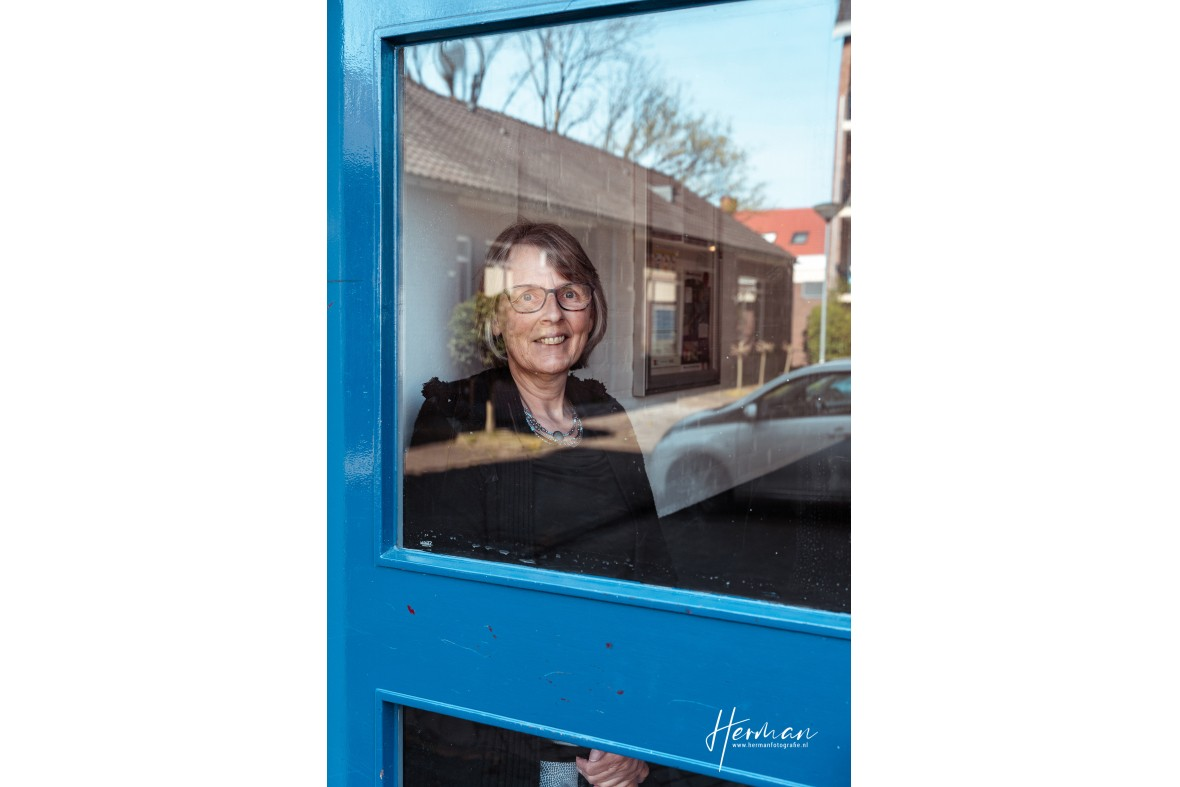 In Dordrecht gratis op de foto - 07 Apr - Glashelder Herman - 2