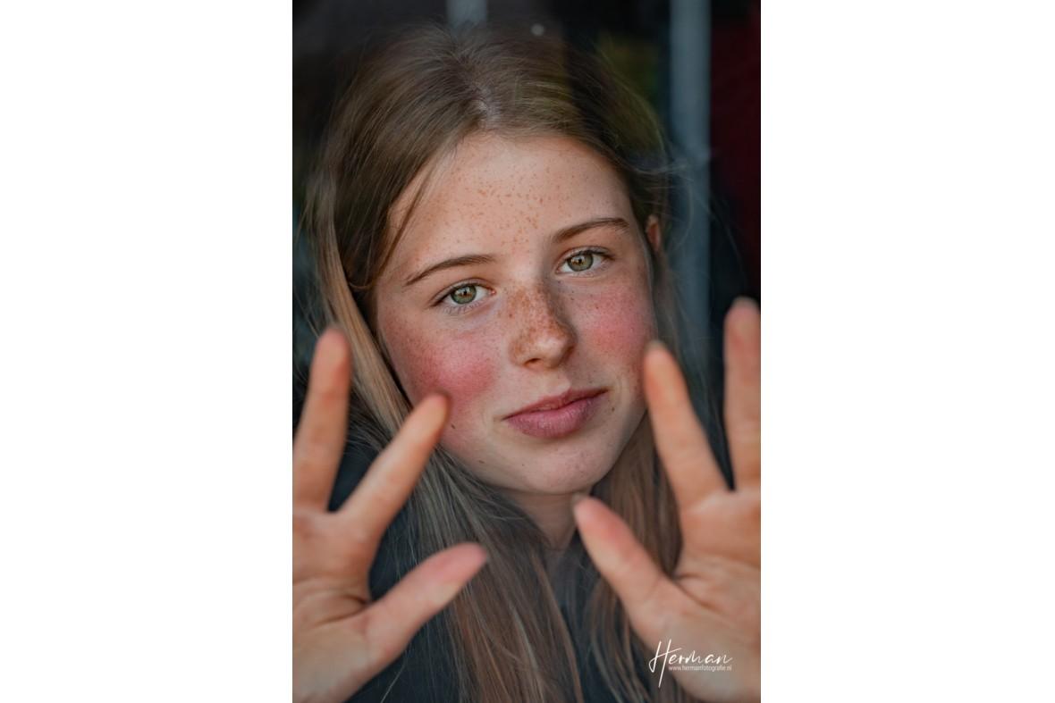 In Dordrecht gratis op de foto - 17 May - Glashelder Herman - 1