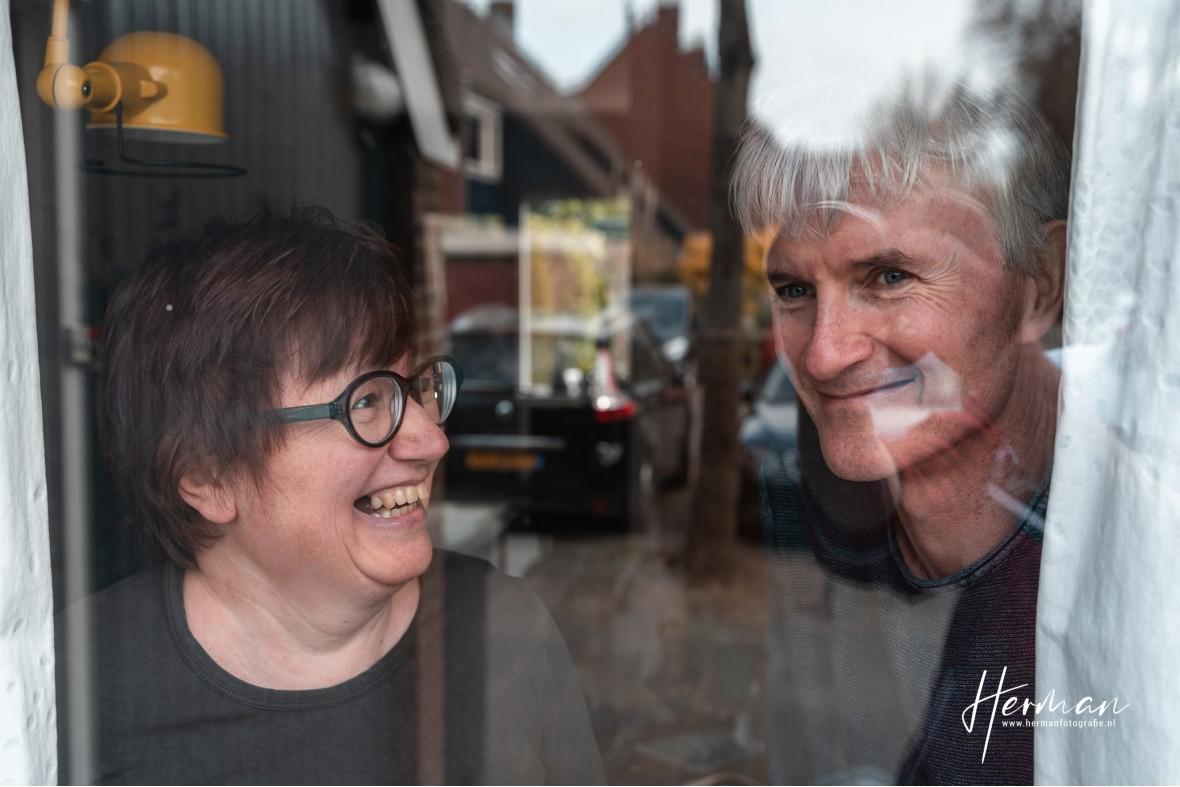 In Dordrecht gratis op de foto - 14 Apr - Glashelder Herman - 1